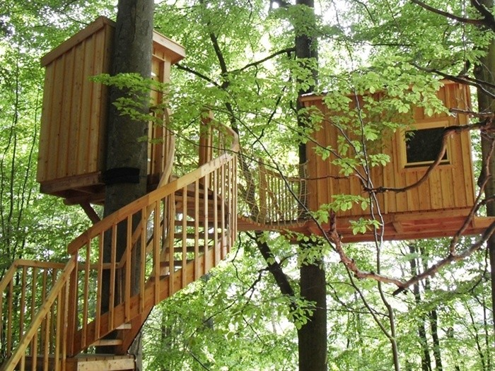 unterwegs im s dlichen niedersachsen findet ihr ein baumhaushotel mit sieben h tten. Black Bedroom Furniture Sets. Home Design Ideas