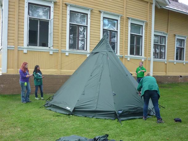 Produkttest Lavvo 6-8, das Zelt steht