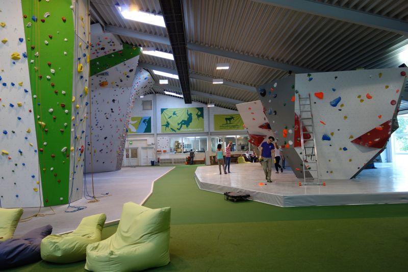 Über 1000 m² Klettervergnügen