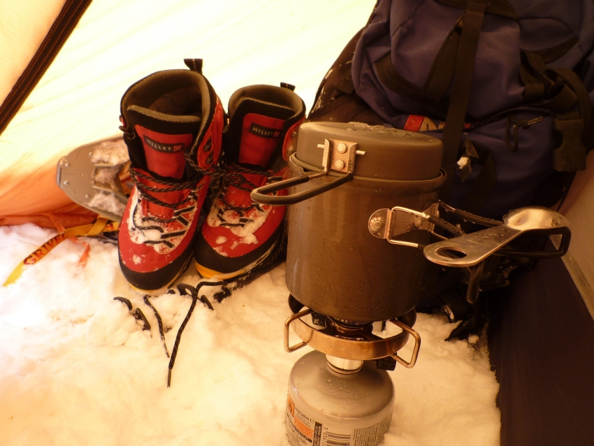 Zelten im Winter Ausrüstung