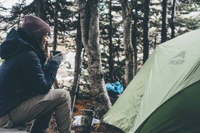 Zelten im Winter Tipps zum warm bleiben