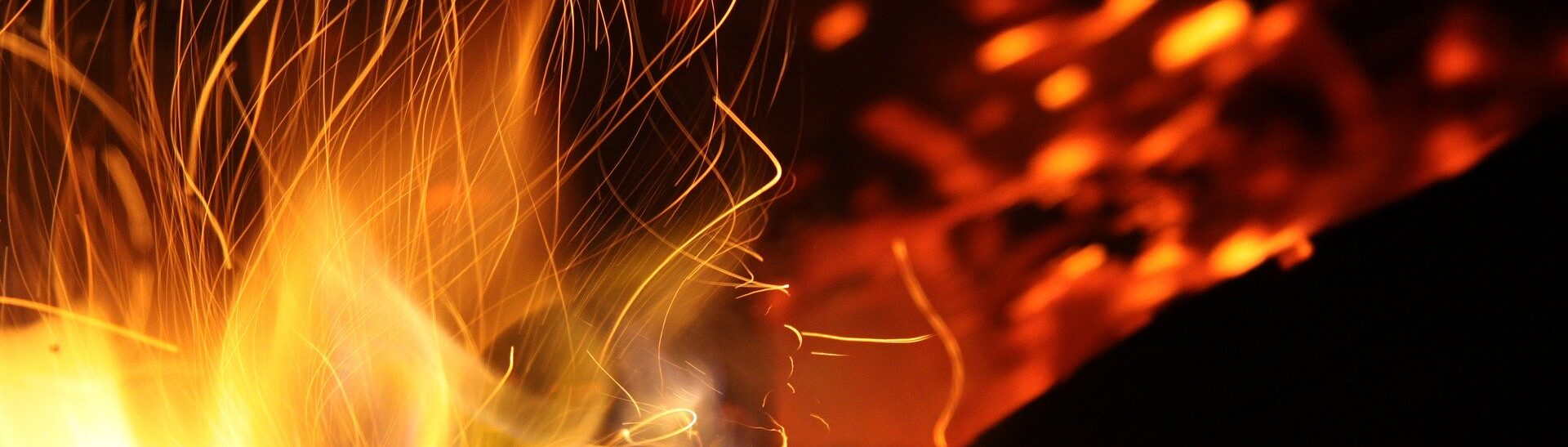 Flamme eines Lagerfeuers
